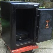 FINE-ANTIQUE-VINTAGE-IRON-HOME-OFFICE-SAFE-FIRE-RESISTANT-2-MAN-DELIVERY-301882573648