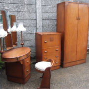 FINE-ART-DECO-OAK-4-PIECE-BEDROOM-SUITE-CLEAN-CONDITION-2-MAN-DELIVERY-292072723050