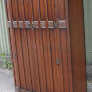 FINE-ARTS-CRAFTS-2-DOOR-OAK-HALL-WARDROBE-2-MAN-DELIVERY-AVAILABLE-302269273939-3