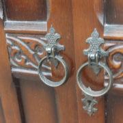 FINE-ARTS-CRAFTS-2-DOOR-OAK-HALL-WARDROBE-2-MAN-DELIVERY-AVAILABLE-302269273939-4