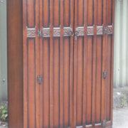 FINE-ARTS-CRAFTS-2-DOOR-OAK-HALL-WARDROBE-2-MAN-DELIVERY-AVAILABLE-302269273939-6