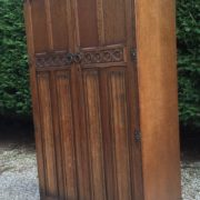 FINE-ARTS-CRAFTS-2-DOOR-OAK-HALL-WARDROBE-2-MAN-DELIVERY-AVAILABLE-302269274408-3