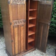 FINE-ARTS-CRAFTS-2-DOOR-OAK-HALL-WARDROBE-2-MAN-DELIVERY-AVAILABLE-302269274408-4