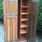 FINE-ARTS-CRAFTS-2-DOOR-OAK-HALL-WARDROBE-2-MAN-DELIVERY-AVAILABLE-302269274408-6