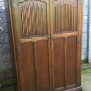 FINE-ARTS-CRAFTS-2-DOOR-OAK-HALL-WARDROBE-2-MAN-DELIVERY-AVAILABLE-302285551957-10