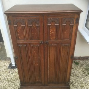 FINE-ARTS-CRAFTS-LINEN-CABINETCHEST-LOTS-OF-STORAGE-DELIVERY-AVAILABLE-292087818483