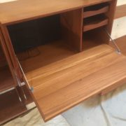 FINE-LARGE-TEAK-DANISH-CADO-FLOATING-SHELVINGDISPLAY-STAND-UP-TO-4-BAYS-302263180632-5