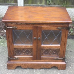 FINE-MODERN-OLD-CHARM-SMALL-TVSATELLITE-CABINET-DELIVERY-AVAILABLE-302280105579