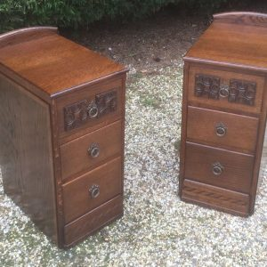 FINE-PAIR-OF-ARTS-CRAFTS-CARVED-OAK-BEDSIDE-CABINETSCHESTS-SELDOM-SEEN-292075208279