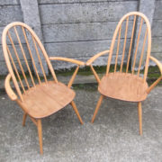 FINE-PAIR-OF-ERCOL-QUAKER-ARMCHAIRS-VERY-CLEAN-CONDITION-DELIVERY-AVAILABLE-292072723052-2