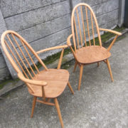 FINE-PAIR-OF-ERCOL-QUAKER-ARMCHAIRS-VERY-CLEAN-CONDITION-DELIVERY-AVAILABLE-292072723052-6