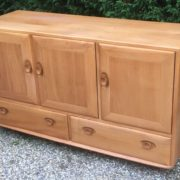 FINE-RETRO-ERCOL-SIDEBOARD-VERY-CLEAN-CONDITION-2-MAN-DELIVERY-291982875127