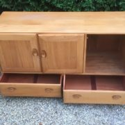 FINE-RETRO-ERCOL-SIDEBOARD-VERY-CLEAN-CONDITION-2-MAN-DELIVERY-291982875127-2