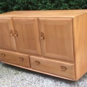 FINE-RETRO-ERCOL-SIDEBOARD-VERY-CLEAN-CONDITION-2-MAN-DELIVERY-291982875127-3