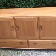 FINE-RETRO-ERCOL-SIDEBOARD-VERY-CLEAN-CONDITION-2-MAN-DELIVERY-291982875127-4