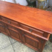 LARGE-OAK-OLD-CHARM-3-DOOR-HERTFORD-SIDEBOARD-CLEAN-CONDITION-2-MAN-DELIVERY-302263267000-11