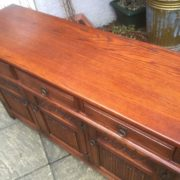 LARGE-OAK-OLD-CHARM-3-DOOR-HERTFORD-SIDEBOARD-CLEAN-CONDITION-2-MAN-DELIVERY-302263267000-12