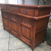 LARGE-OAK-OLD-CHARM-3-DOOR-HERTFORD-SIDEBOARD-CLEAN-CONDITION-2-MAN-DELIVERY-302263267000-9