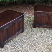 RARE-PAIR-OF-OLD-CHARM-STYLE-OAK-RUG-TOY-CHESTSBLANKET-BOXESCOFFEE-TABLES-302263233627-10