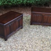 RARE-PAIR-OF-OLD-CHARM-STYLE-OAK-RUG-TOY-CHESTSBLANKET-BOXESCOFFEE-TABLES-302263233627-11