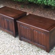 RARE-PAIR-OF-OLD-CHARM-STYLE-OAK-RUG-TOY-CHESTSBLANKET-BOXESCOFFEE-TABLES-302263233627-4