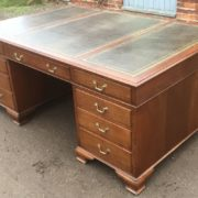 SUPERB-LARGE-VINTAGE-OAK-PARTNERS-DESK-FAB-CONDITION-2-MAN-DELIVERY-AVAILABLE-302263525627-11
