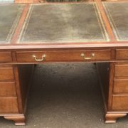 SUPERB-LARGE-VINTAGE-OAK-PARTNERS-DESK-FAB-CONDITION-2-MAN-DELIVERY-AVAILABLE-302263525627-12