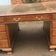 SUPERB-LARGE-VINTAGE-OAK-PARTNERS-DESK-FAB-CONDITION-2-MAN-DELIVERY-AVAILABLE-302263525627-4