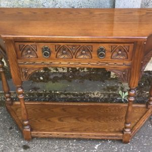 SUPERB-OLD-CHARM-CANTED-HALL-TABLE-VERY-CLEAN-CONDITION-DELLIVERY-AVAILABLE-302278074901