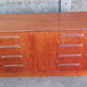 SUPERB-RETRO-TEAK-G-PLAN-8-DRAWER-CHEST-OF-DRAWERSSIDEBOARD-VERY-CLEAN-302269273930