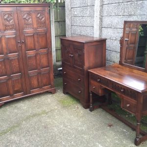 VERY-CLEAN-ARTS-CRAFTS-CARVED-OAK-3-PIECE-BEDROOM-SUITE-2-MAN-DELIVERY-292084868122