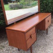 VERY-RARE-RETRO-TEAK-KOFOD-LARSEN-DRESSING-TABLE-FAB-CONDITION-WE-DELIVER-292082239409-4