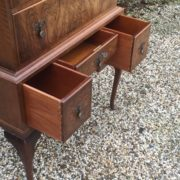 VERY-RARE-TALL-ART-DECO-WALNUT-CHEST-OF-DRAWERS-VERY-CLEAN-SELDOM-SEEN-292077388064-5
